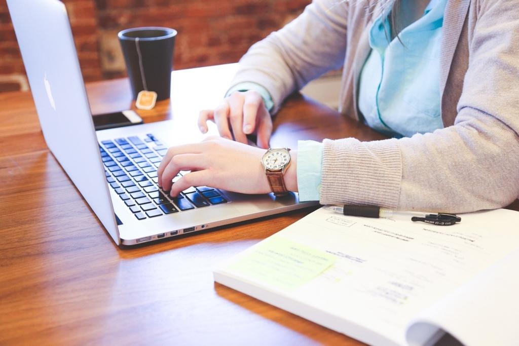 女性におすすめの副業「ブログ」