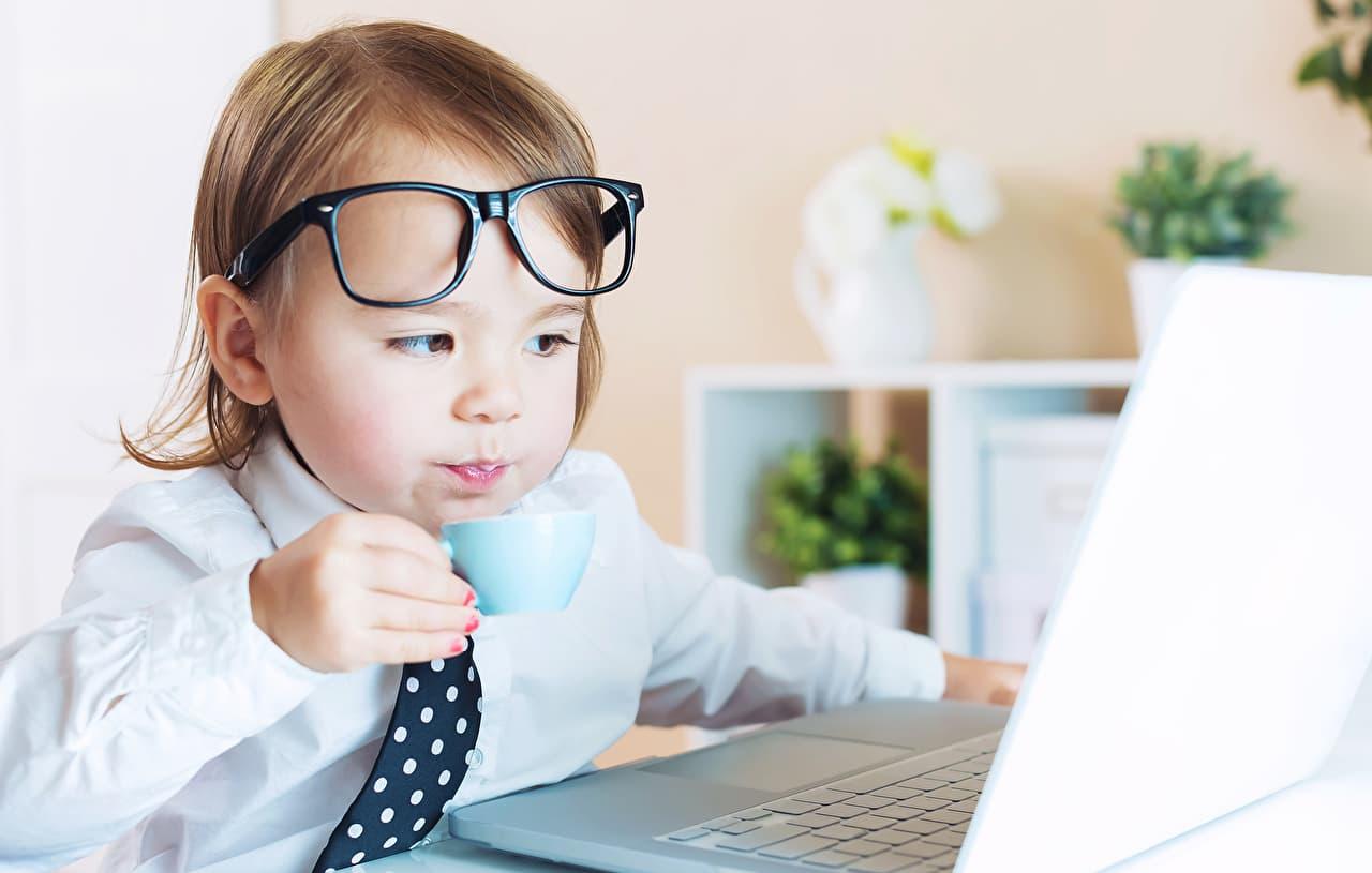 副業在宅アルバイトは初心者でも始めやすいというのをイメージした画像