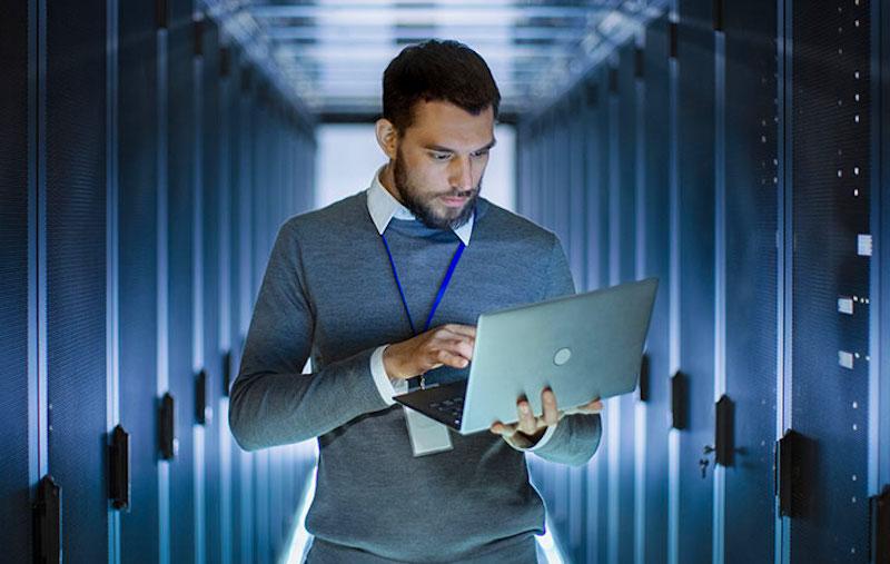 プログラミングを使う仕事「サーバーエンジニア」のイメージ画像