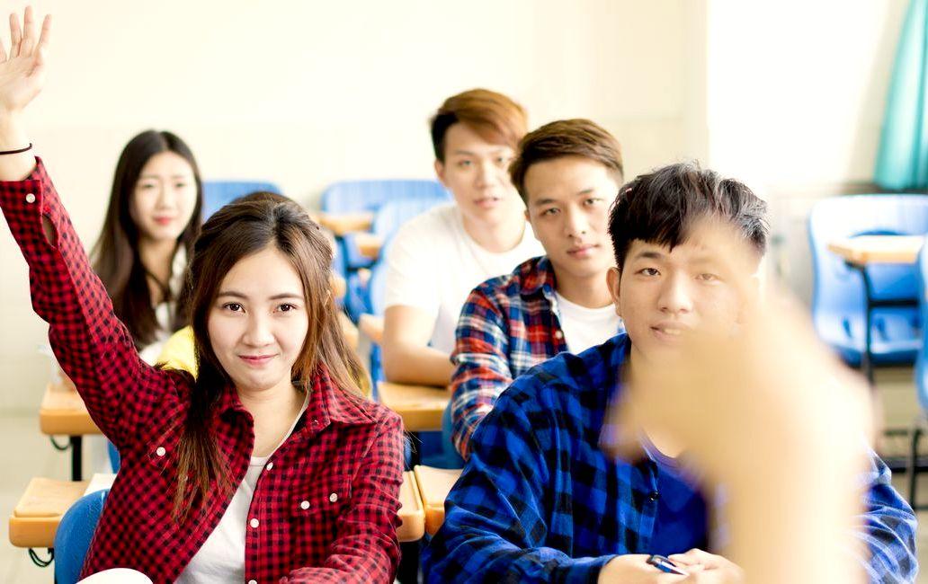 フリーランスで英語を使って日本語学校で仕事をする